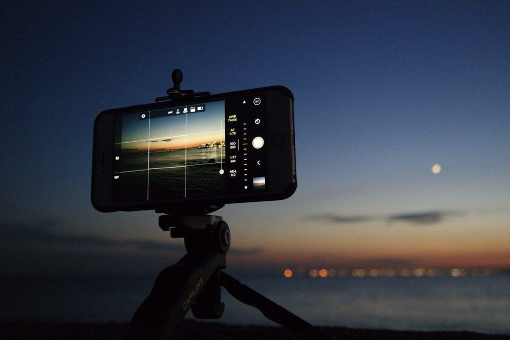 Night time Photography for Smartphones
