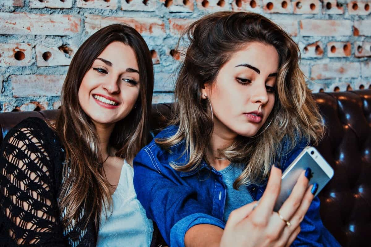 Mastering a Selfie with your Smartphone