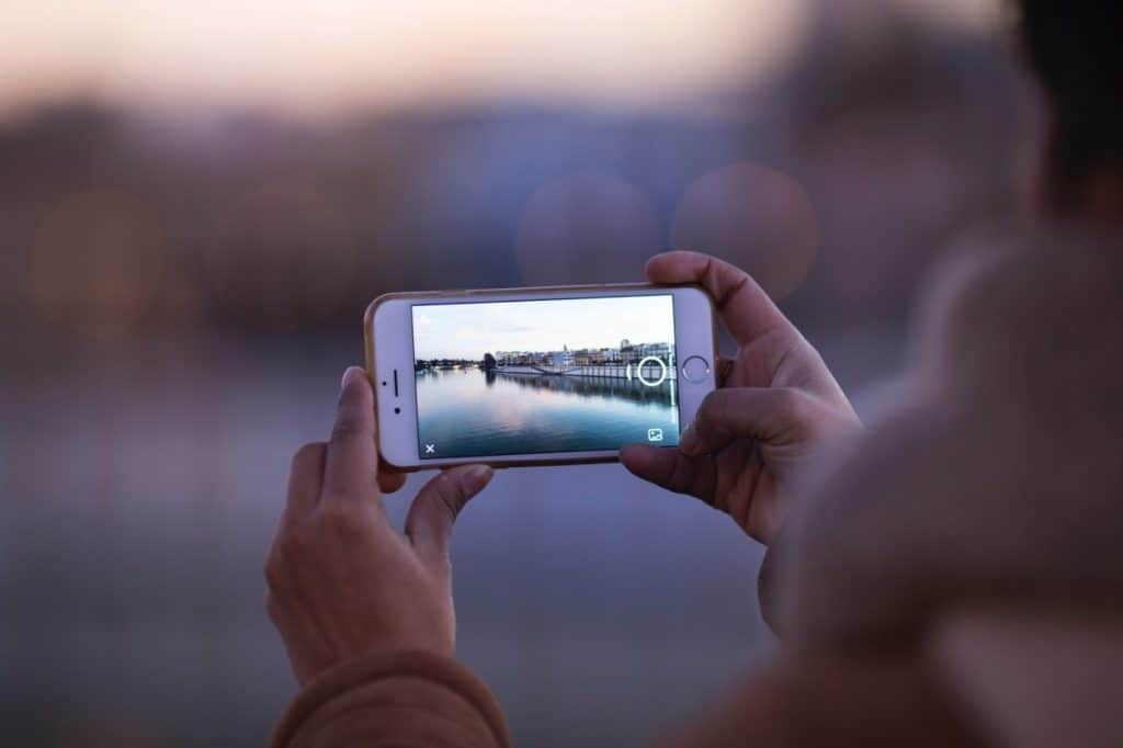 Shoot like a Pro with these Smartphone Photography Tips
